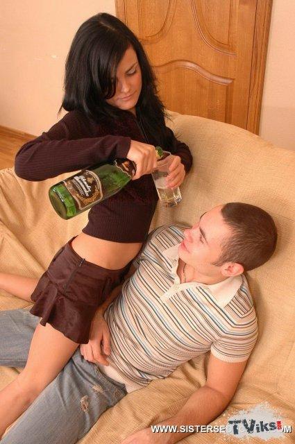 Порно пьяная сестренка