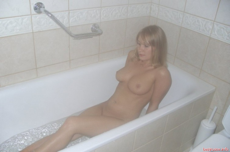 снялась в любительском порно