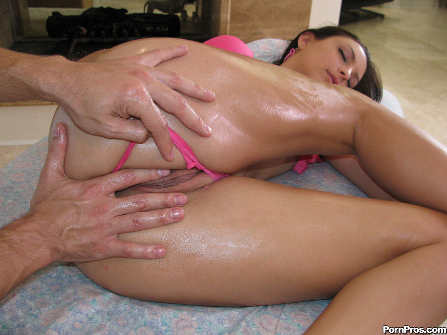 фото порно массаж девушке