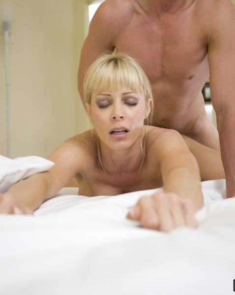 порно фото дрочка жопой
