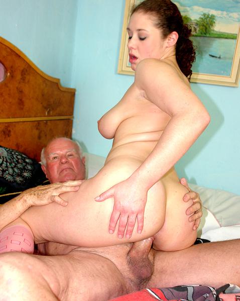 смотреть порно толстую внучку ебет дед