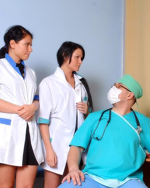 Порно Доктора И Медсестры