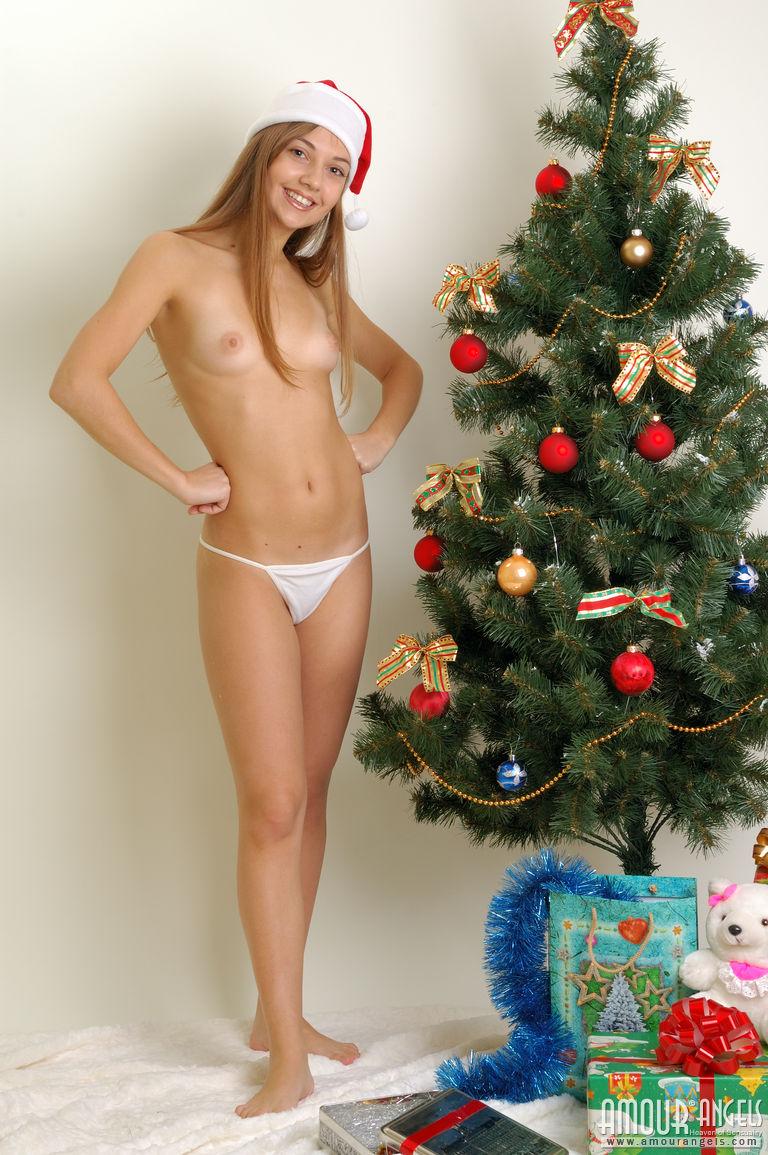 Новогоднии порно тёлки