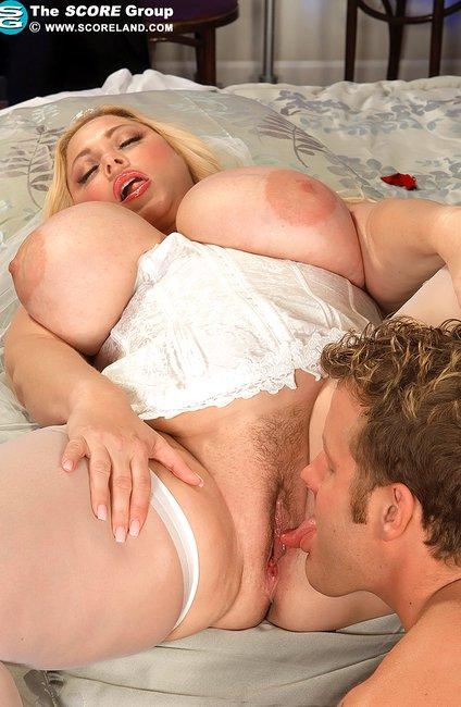 Порно фото женщины полнушки раком