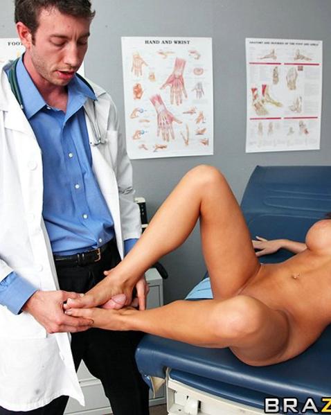 порно с ru доктор с пациентом