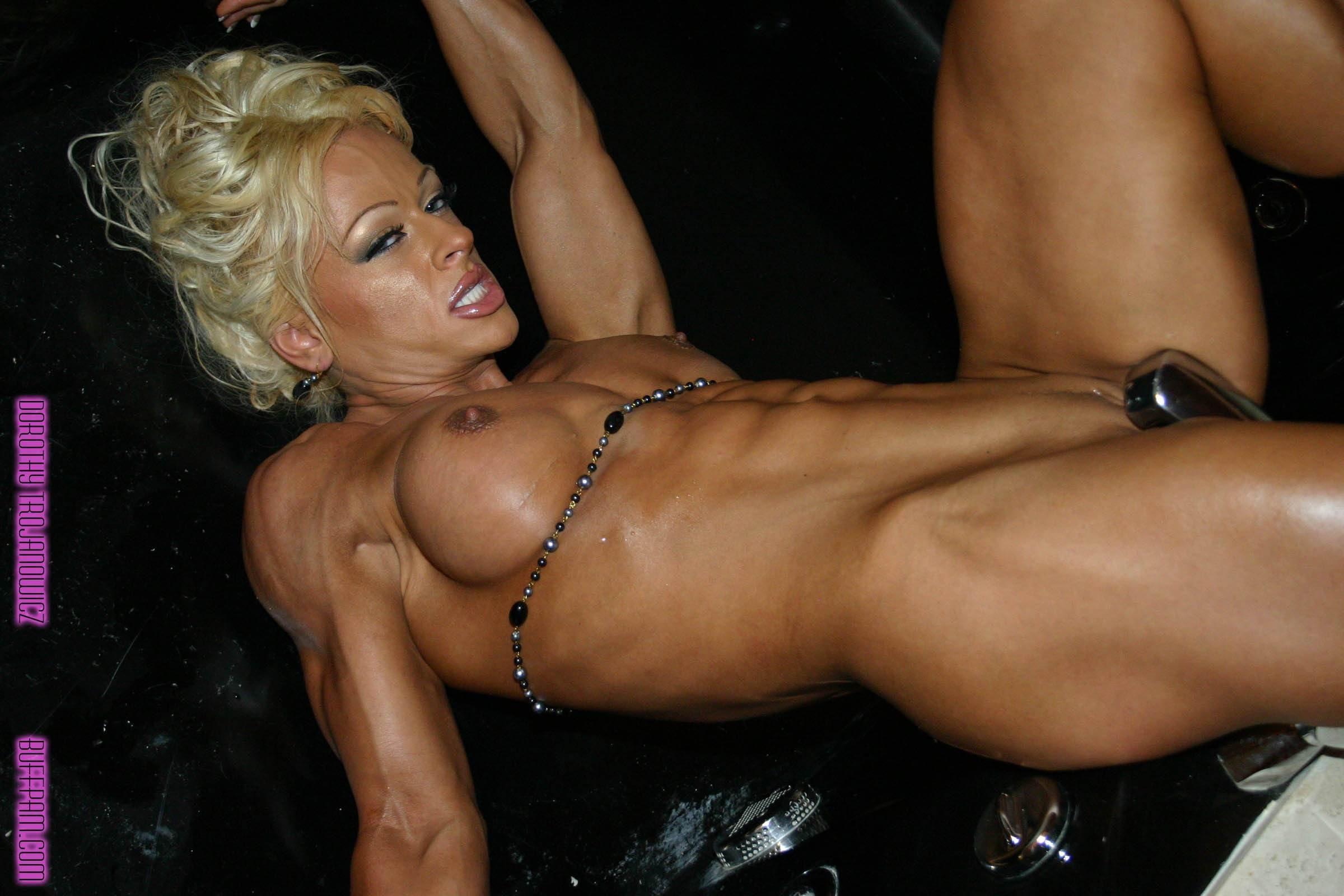 С женщиной бодибилдером секс, Порно с накачанными, мускулистыми женщинами 13 фотография