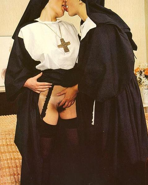 Ретро порно монашки