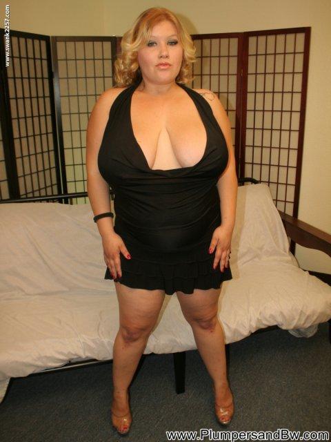 Ебет промеж груди онлайн — img 3